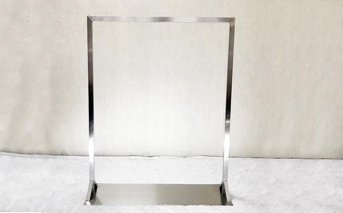 不锈钢本色拉丝服装展示架图片